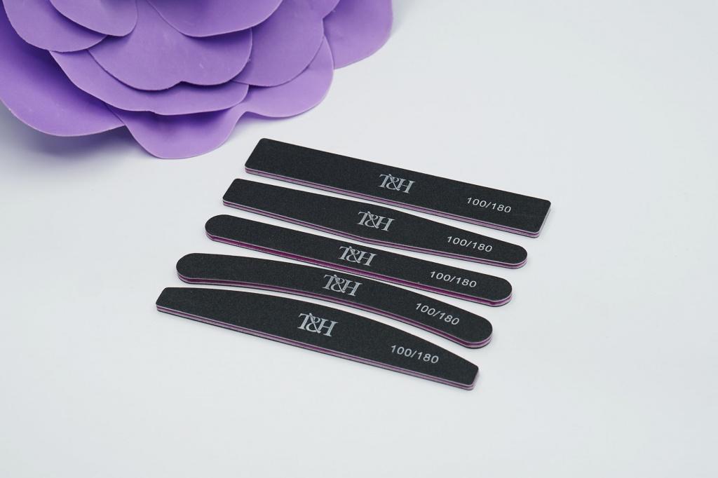 Пилка для ногтей T&H черная 100-180 в упаковке 20 шт одной формы широкая, ромб, узкая, бумеранг, полумесяц.jpg